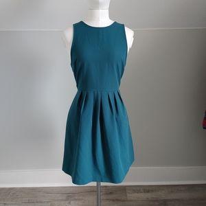 🔥3/$25 | F21 | cross back dress